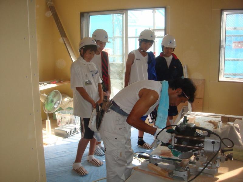 o0800060010771093169 2010年中学生職場体験